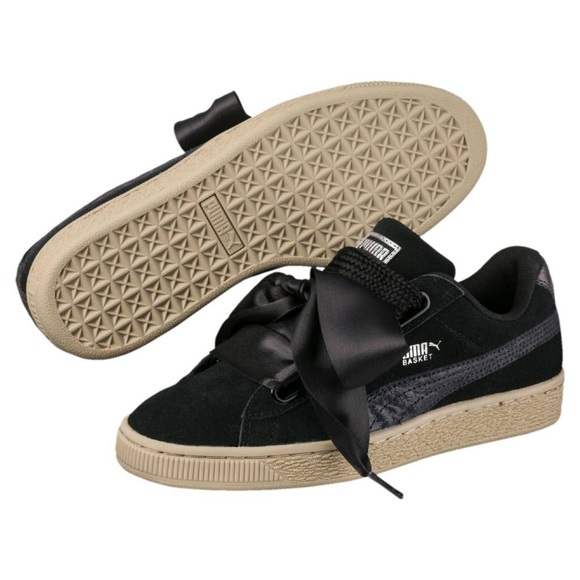 official photos 58bb5 ec76d NEVER WORN Basket Heart Safari Suede Sneaker Black
